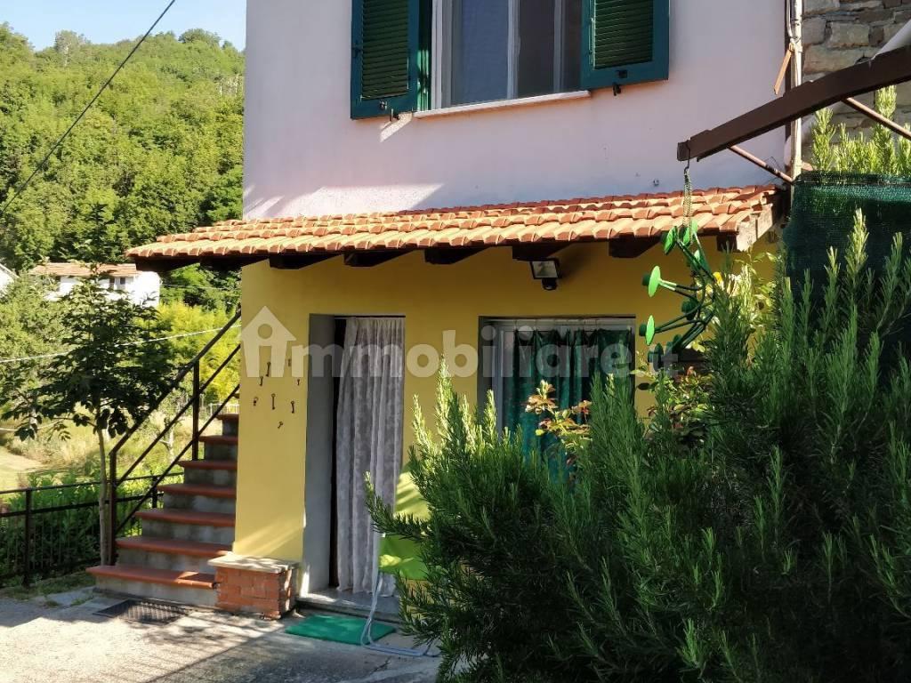 foto  Single-family townhouse Località Fighetto, Borghetto di Borbera