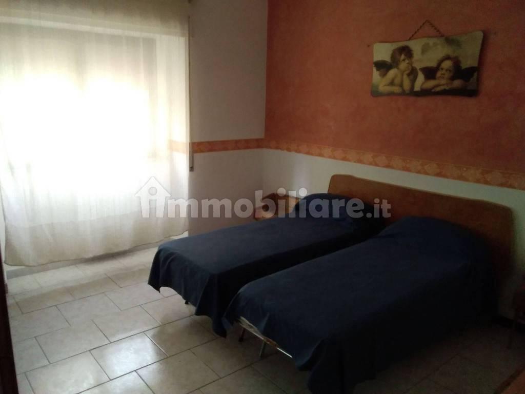 Camere Da Letto Taranto affitto appartamento taranto. quadrilocale in viale jonio