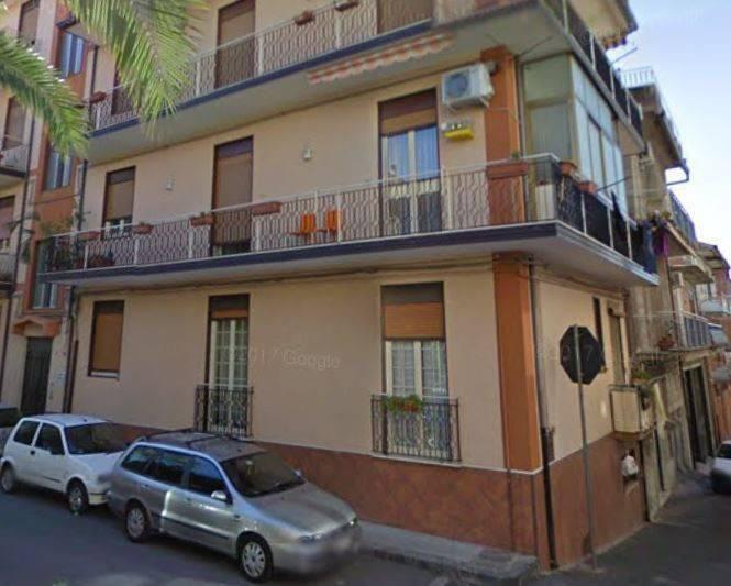 foto  4-room flat via Vicenza 5, Biancavilla