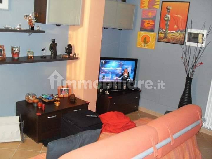 foto  3-room flat via Claudia 62, Castelnovo di Sotto