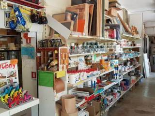 Cessione / vendita esercizi commerciali prodotti casalinghi ...