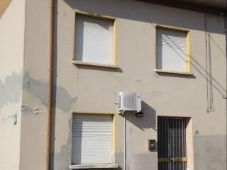 Photo - Single-family townhouse via Roma Nord 38, Borgo Mantovano