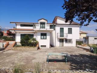 Foto - Villa plurifamiliare via degli Aranci 23, Eboli