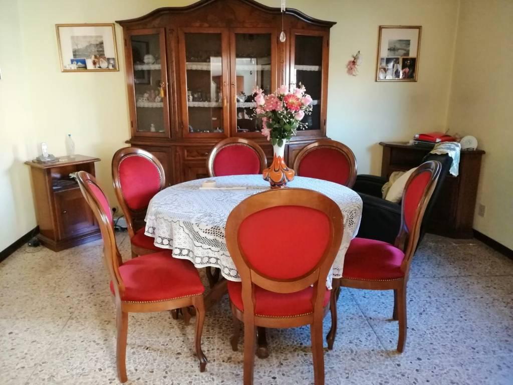 foto  Villa bifamiliare via Giuseppe Doralice 12, Castelbaldo