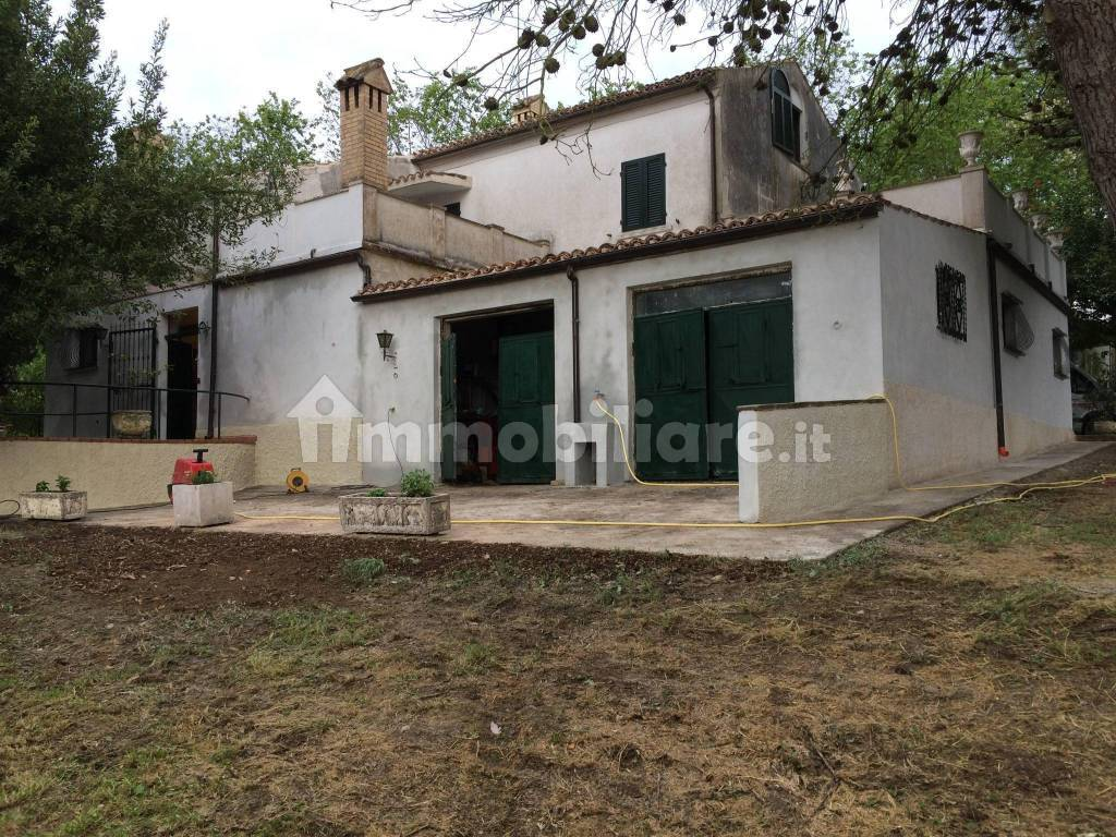 foto  Country house Strada Provinciale Monturanese, Monte Urano
