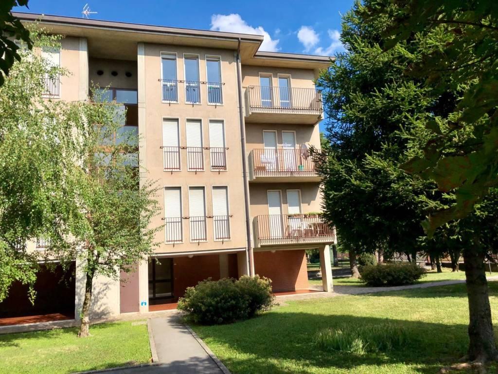 foto  4-room flat via Fratelli Cervi 1, Scanzorosciate