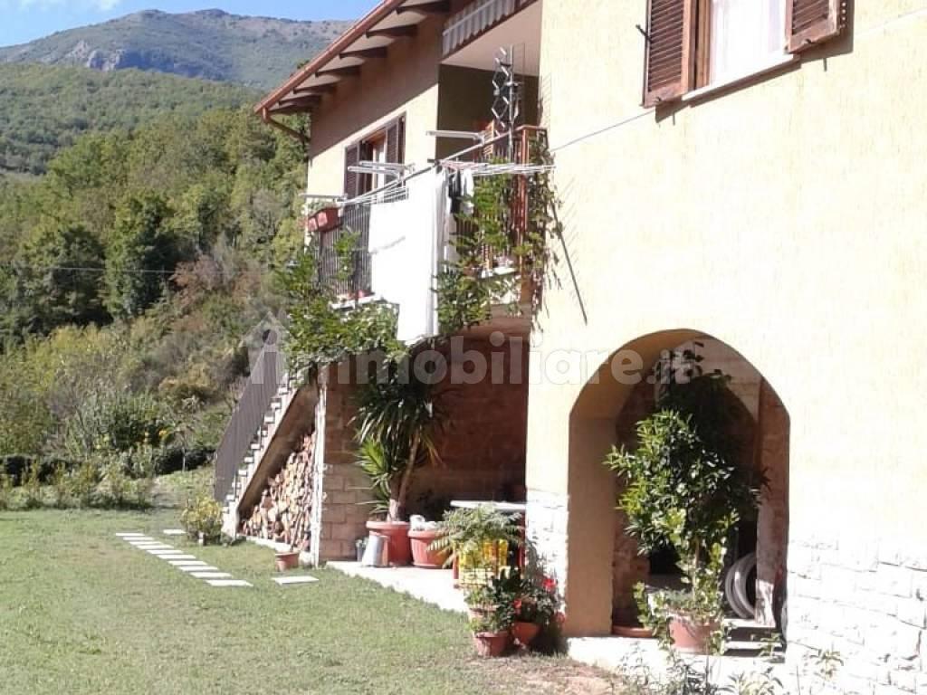 foto  Villa unifamiliare via Valnerina, Scheggino