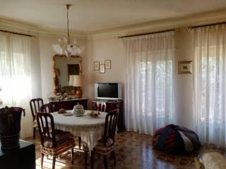 Foto - Trilocale via Moricone 8, Poggio Catino