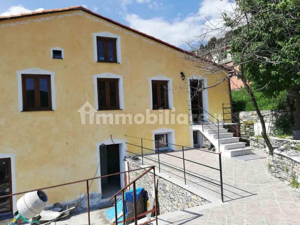 foto  Villa unifamiliare frazione Canepa 47, Sori