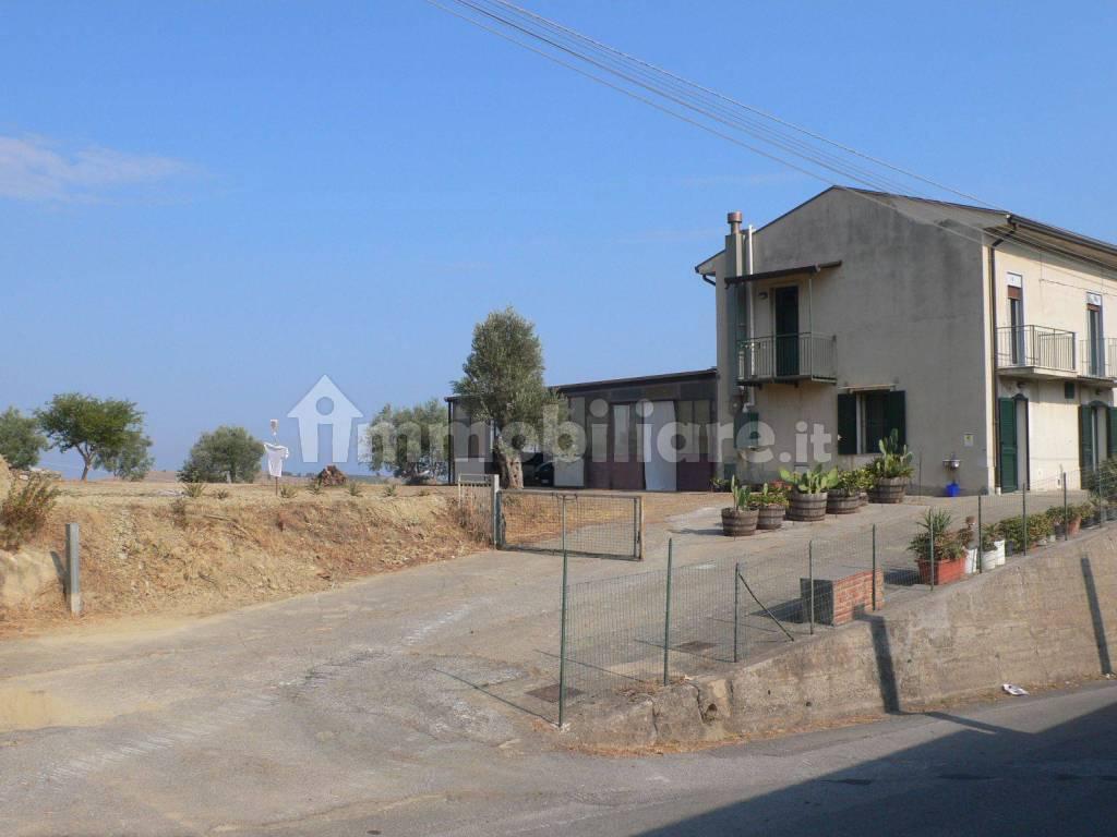 foto  Villa unifamiliare Contrada Simigliano 24, Castroreale