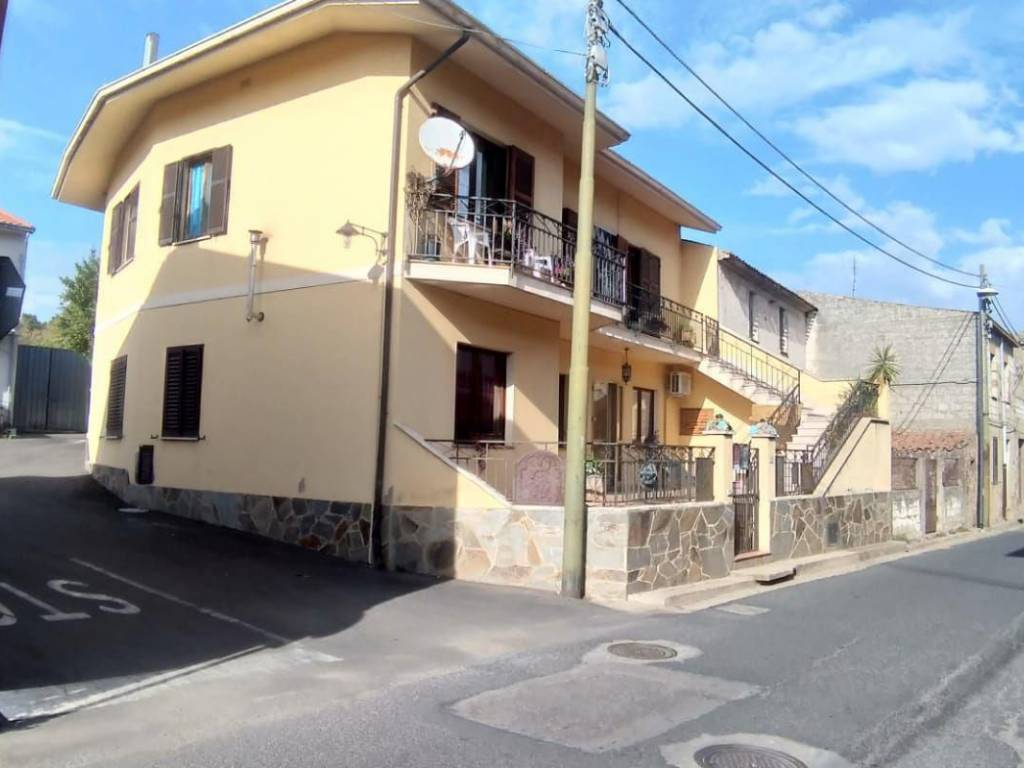 foto  Two-family villa corso Umberto 48, Seneghe