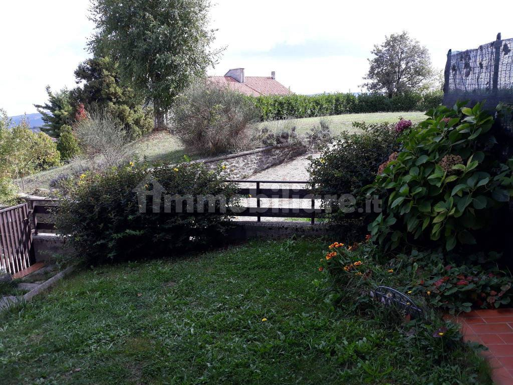 foto  Terraced house Località Col del Sole, Bossolasco