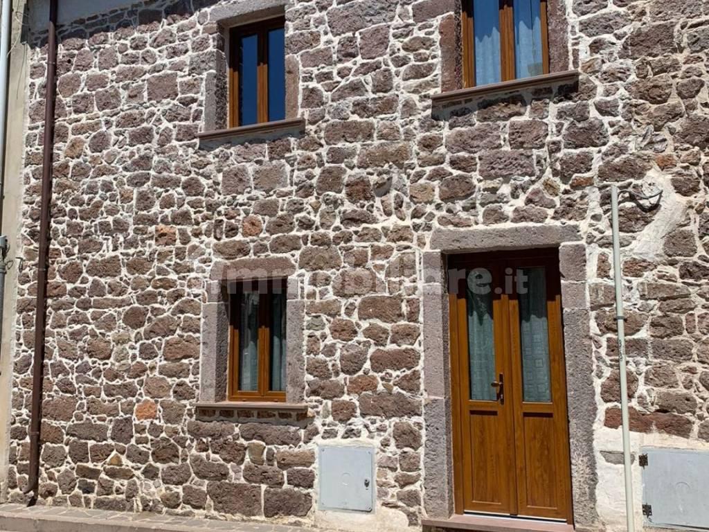 foto  Terraced house via Vittorio Emanuele 13, Allai