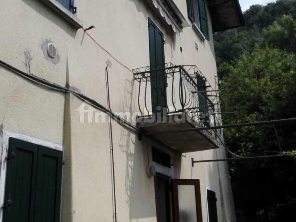 foto  Piso de tres habitaciones via Foppa, Selvino