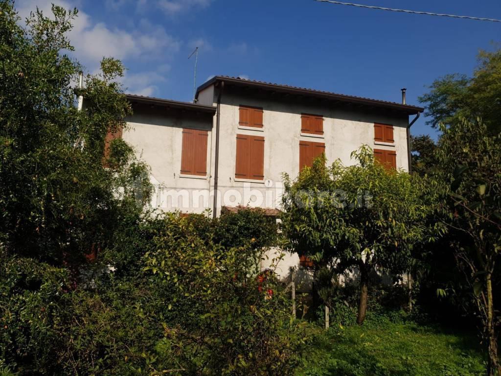 foto  Farmhouse Strada Riviera, Roncoferraro