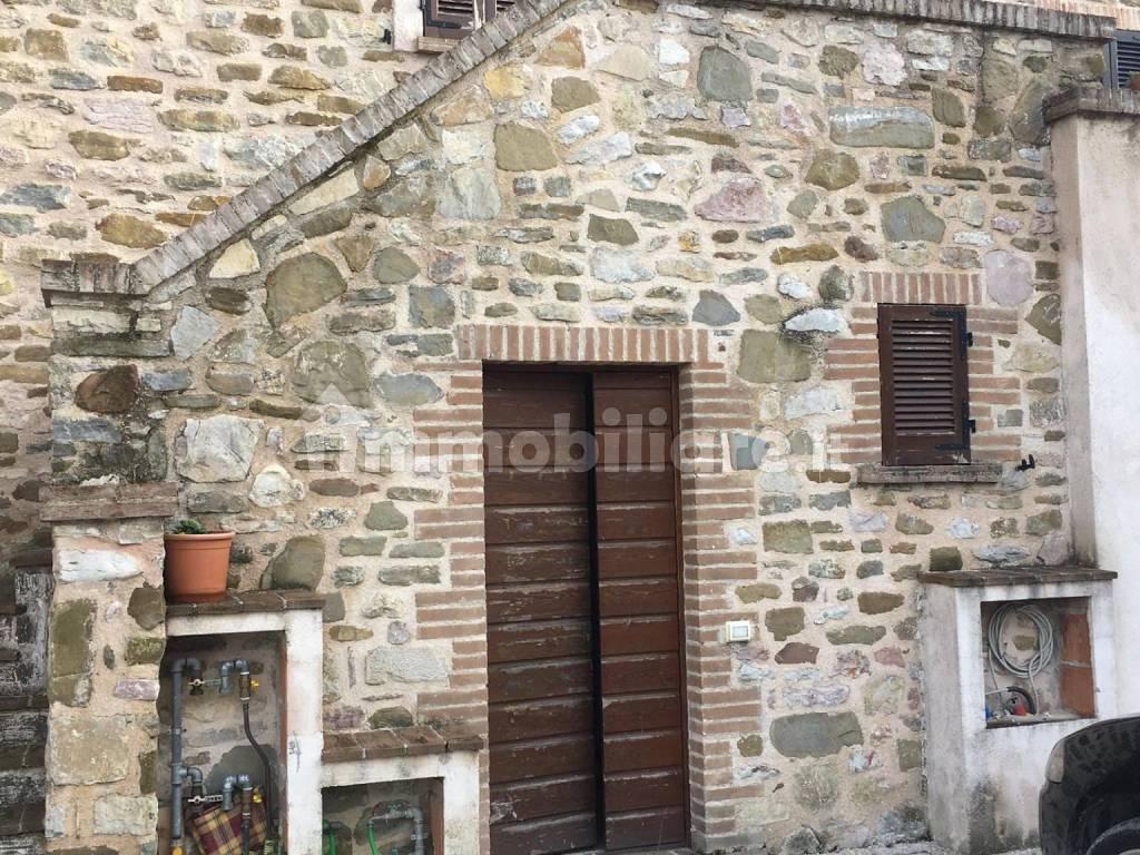foto  3-room flat via Giove, Valtopina