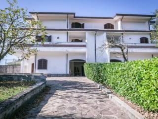 Photo - Two-family villa via della Valle 2, Torre Cajetani