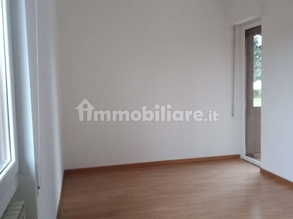 foto  3-room flat via Brianza 7, Settala