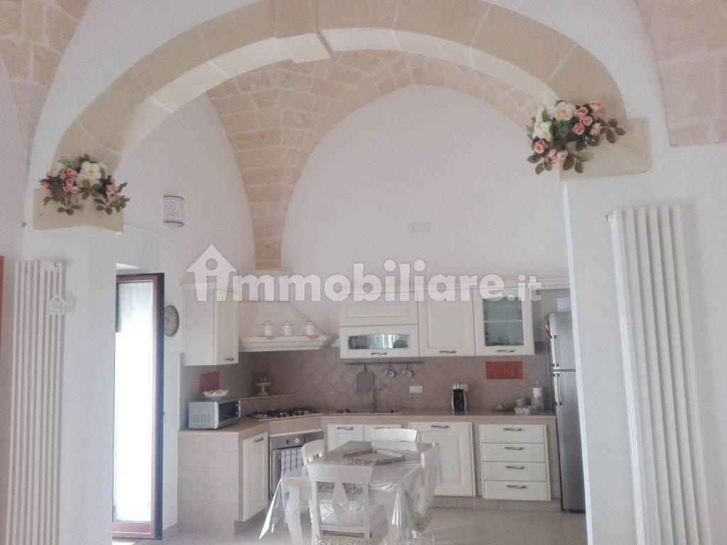 Camera Matrimoniale A Grottaglie.Vendita Appartamento Grottaglie Trilocale In Via Chiesa Matrice