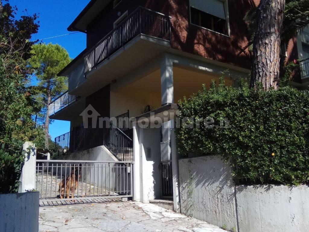 foto  Multi-family villa Strada del Ponte Morotto 5, Pesaro