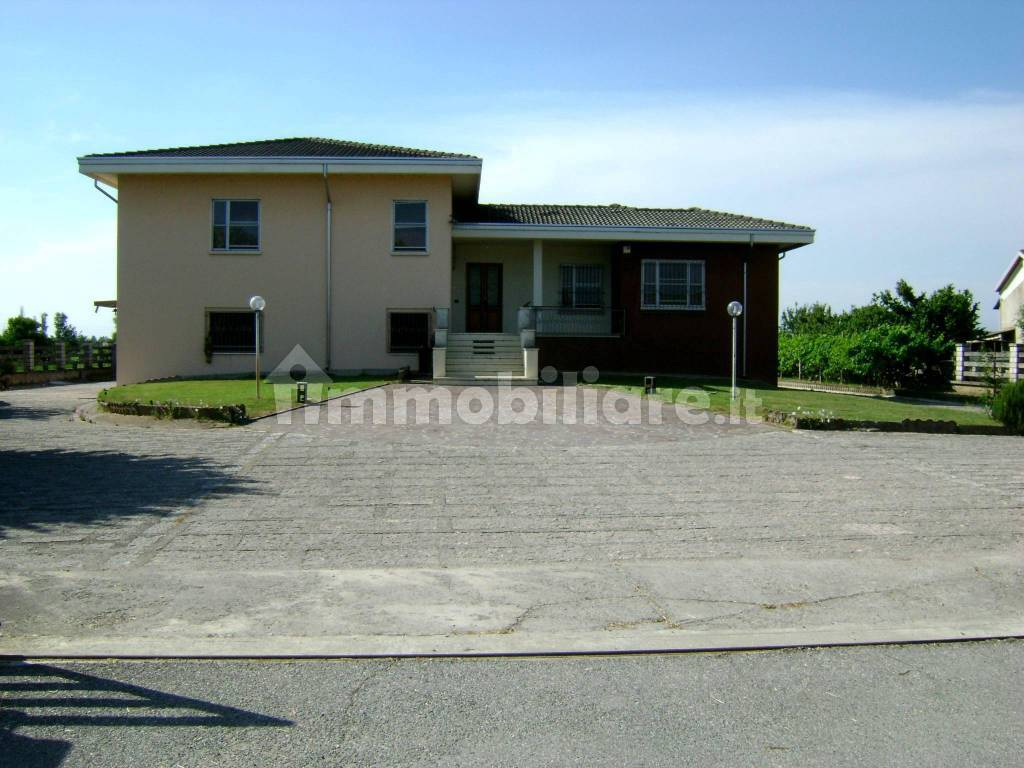 foto  Single family villa via Trieste, Casaloldo