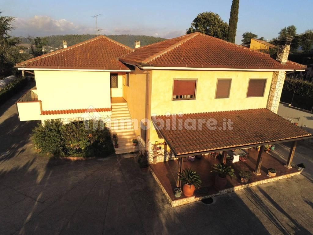 foto  Villa bifamiliare via Regina Margherita 3, Gavignano
