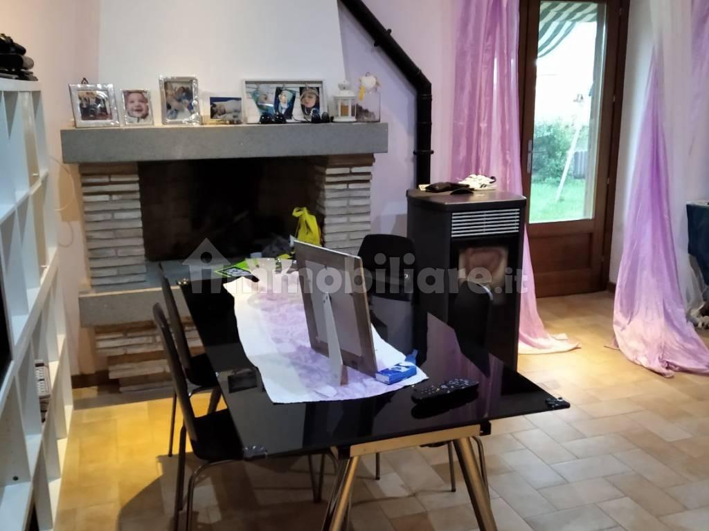 foto  Appartamento in villa via Claudia 117, Oriolo Romano