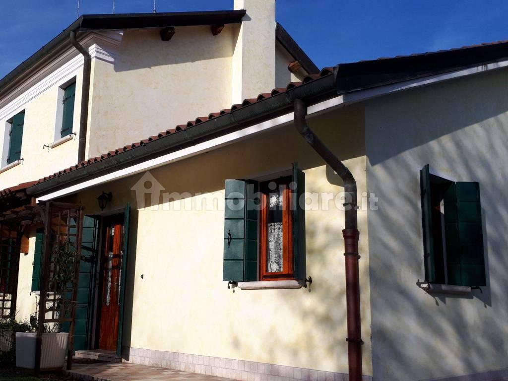 foto  Villa bifamiliare via Gioacchino Rossini 6, Zenson di Piave