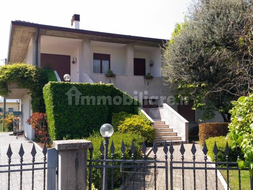 foto  Villa unifamiliare via A  Volpato 36, Marano Vicentino