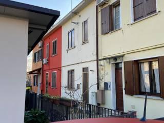 Foto - Terratetto plurifamiliare via Gardena, Centro, Adria