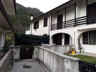 Foto - Villa a schiera via Borgo Oncedis 28, Trasaghis