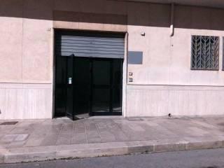 Palazzo / Stabile Affitto Mottola