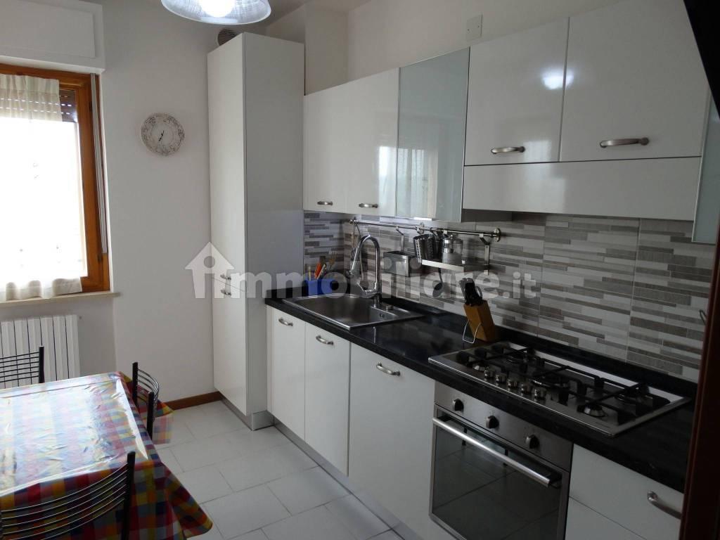 foto  4-room flat via Don Lorenzo Milani, Teramo