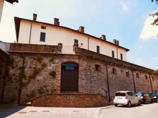 Foto - Mansarda via Castello 15, Castana
