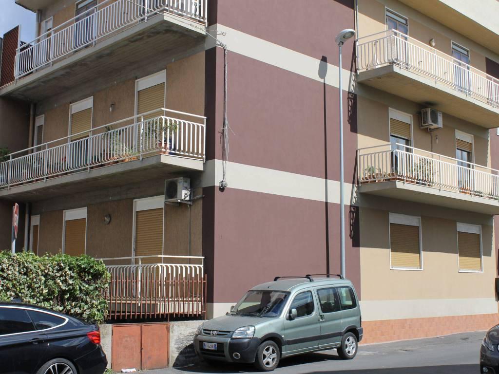 foto  Apartment via Raffaello Sanzio 1, Aci Sant'Antonio