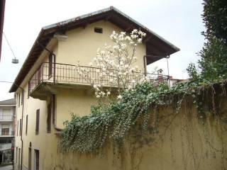 Foto - Casale via Camillo Benso di Cavour, Vesime