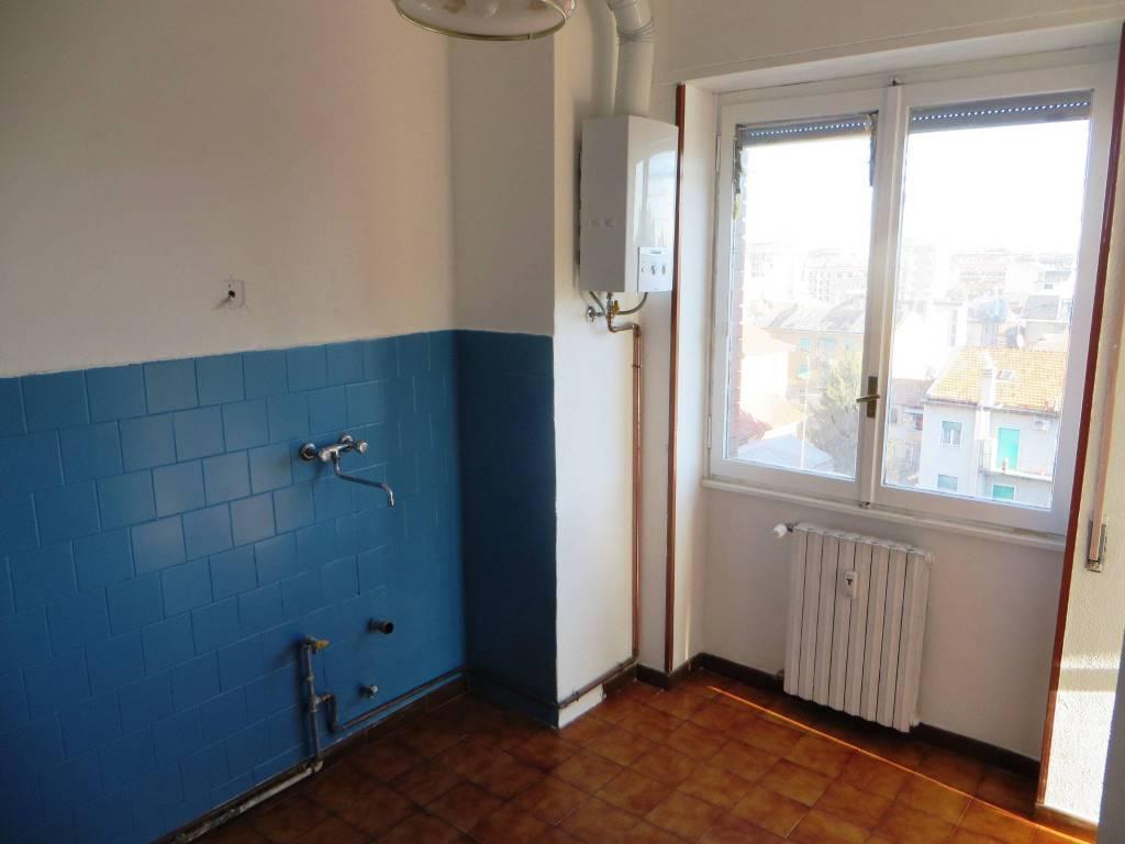 Agenzie Immobiliari Corsico vendita appartamento corsico. trilocale in largo alessandro