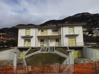 Foto - Villa bifamiliare via Mastropietro, Pesche