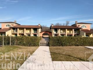 Foto - Villa a schiera 4 locali, buono stato, Longavina, Muscoline