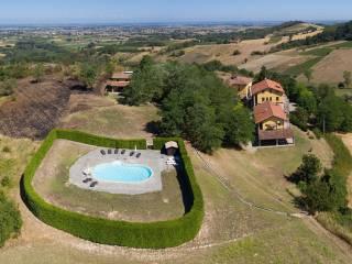 Photo - Single family villa Strada Loria, Berzano di Tortona