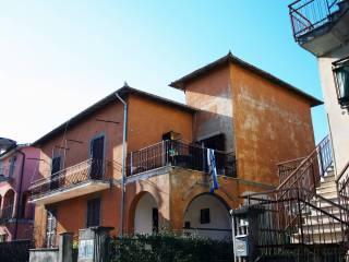Photo - Multi-family townhouse via Belvedere 8, Castelnuovo di Porto
