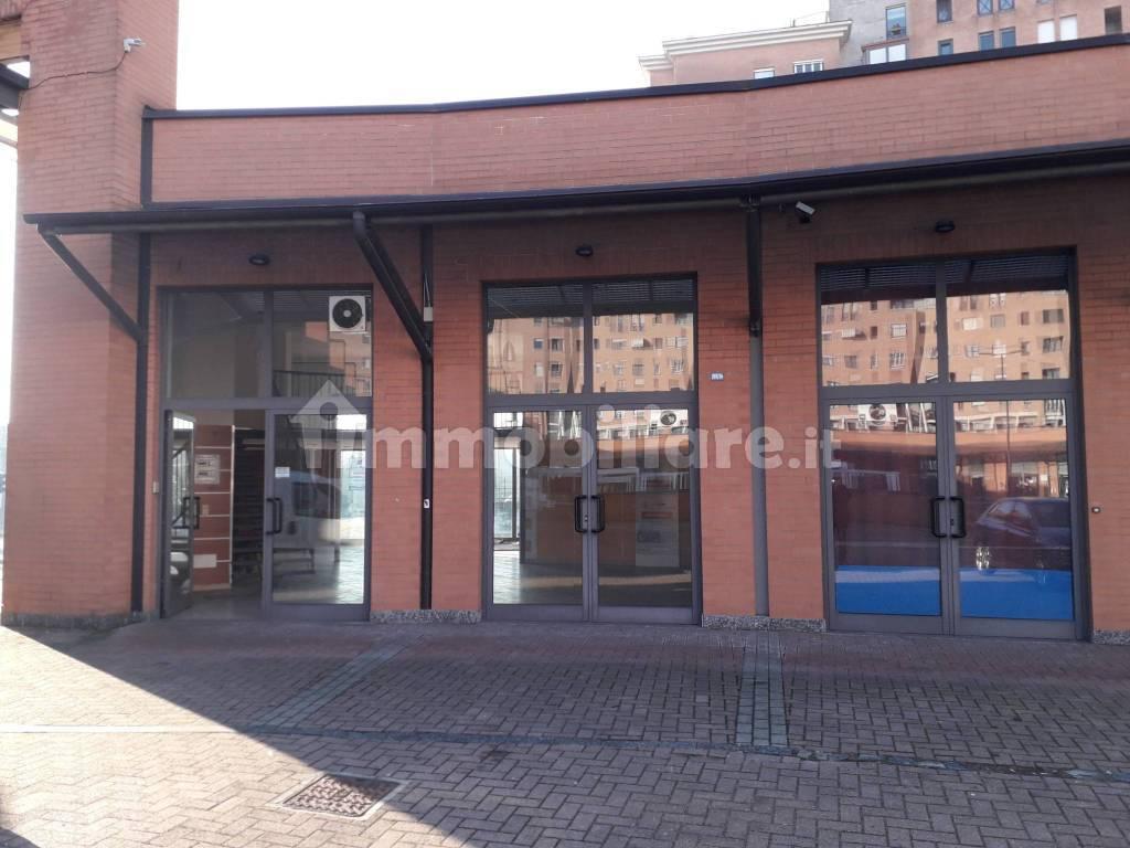 Locale commerciale via Pietro Cossa, Torino, rif. 78669217 ...