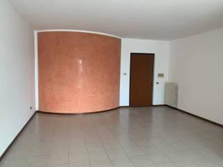 Foto - Appartamento via Dante Alighieri 2, Centro, Verolavecchia