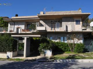 Foto - Villa a schiera C.da San Savino, 40, San Savino, Ripatransone