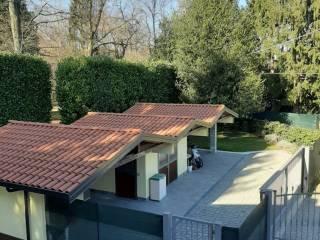 Foto - Appartamento in villa via Luciano Manara 9, Casorate Sempione