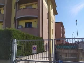 Photo - 3-room flat via Aosta 58, Casalgrande