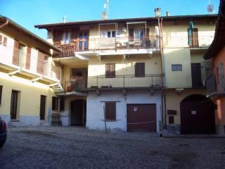 Foto - Bilocale vicolo Castello 10, Cocquio-Trevisago