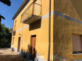 Foto - Villa unifamiliare Strada Provinciale Valfortore-Pago Veiano-San Giorgio, San Giorgio la Molara