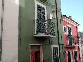 Foto - Quadrilocale via Stoviglieri 15, Bussi sul Tirino