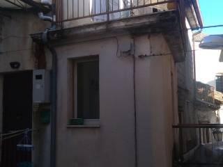 Foto - Bilocale via Santa Maria delle Grazie 12, Castelvetere sul Calore